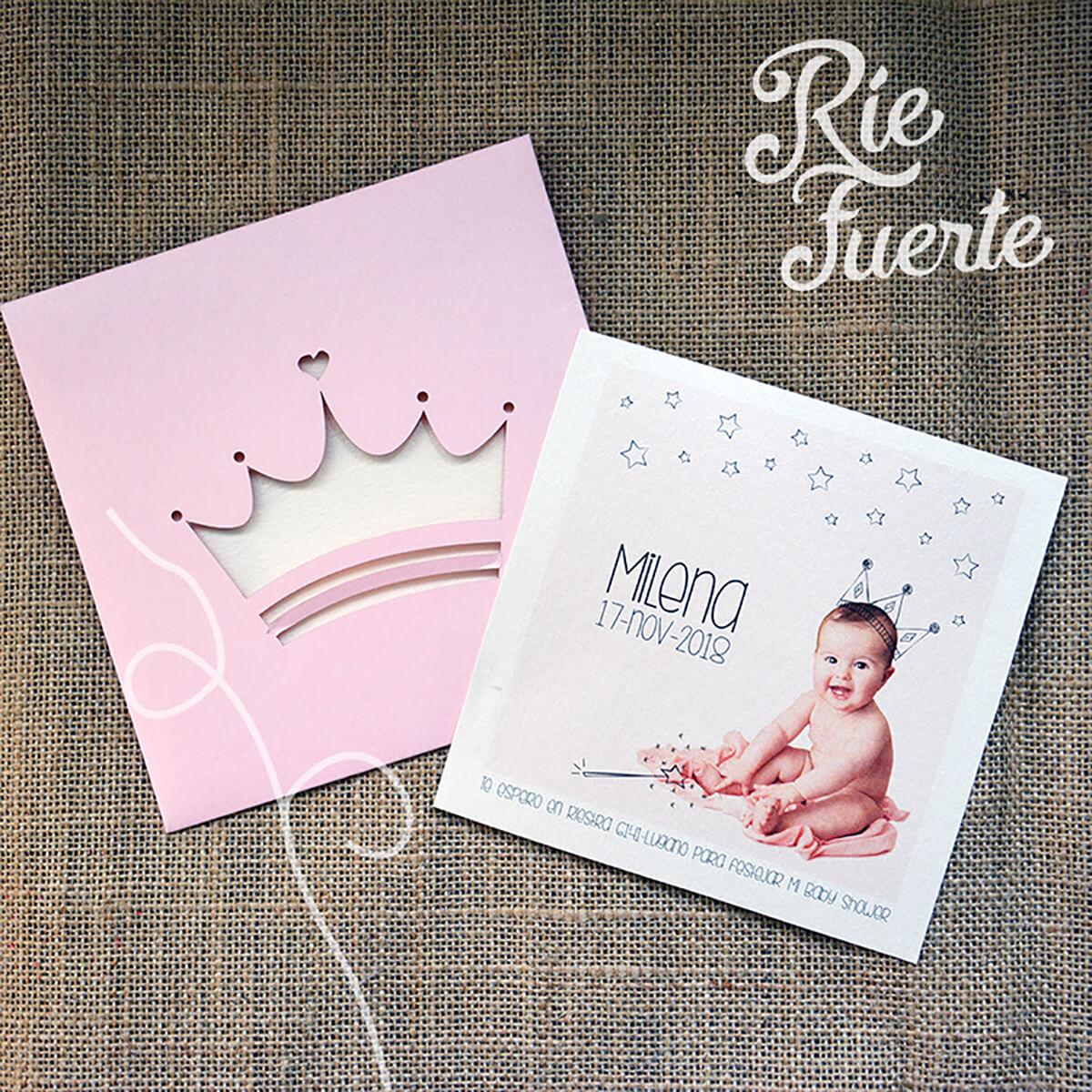 baby shower invitación con sobre calado corona Milena