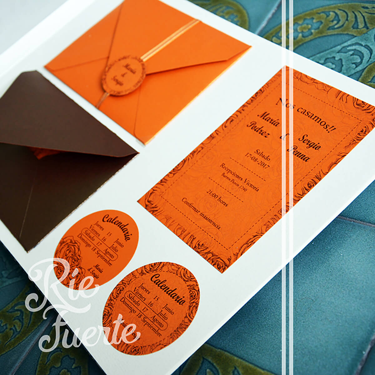 casamiento invitación con sobre, tag y calendario M. Holanda A