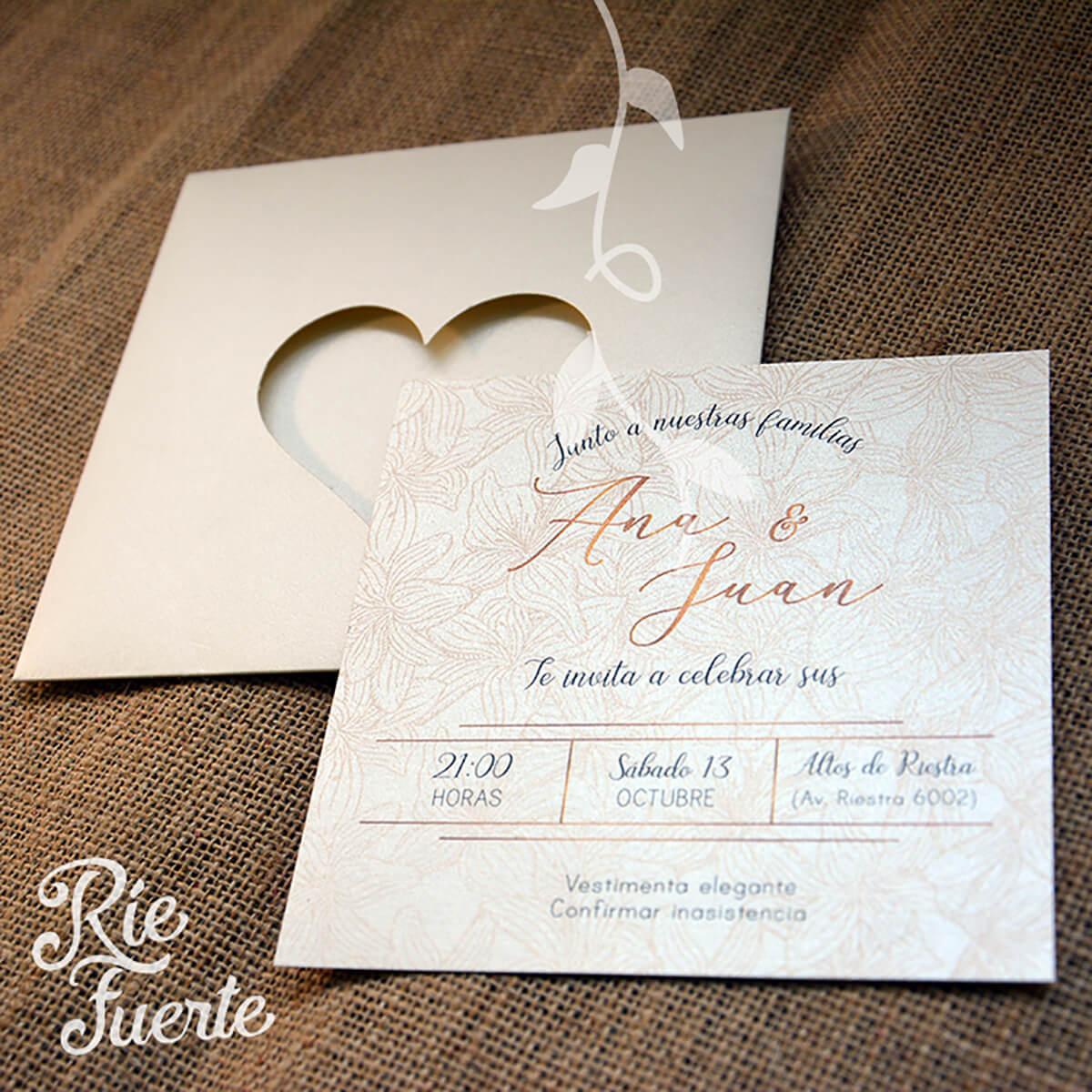 casamiento invitación doble faz y sobre calado corazón AyJ B